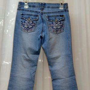 Angels Jeans Capri size 9 Nice Bling EUC stretch